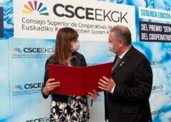 Ariel Guarco, el argentino que preside la Alianza Cooperativa Internacional, fue premiado en España